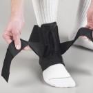 Ultra lagan steznik za skočni zglob
